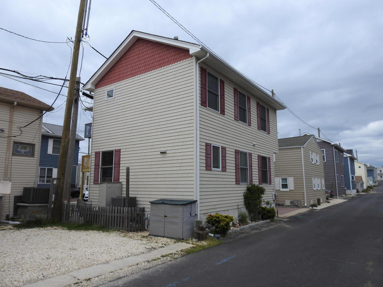 30 E Beach Way - Picture 2
