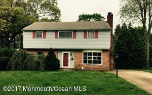 3 Peachtree Road, Oakhurst, NJ 07755