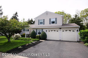Property for sale at 6 Cove Court, Howell,  NJ 07731