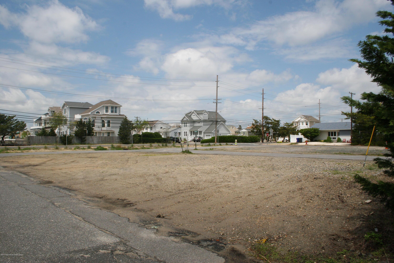 116  Del Monte Road - Picture 2