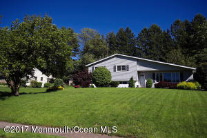Property for sale at 10 Clover Hill Circle, Ewing,  NJ 08638