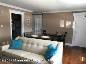 300 Deal Lake Drive 6, Asbury Park, NJ 07712