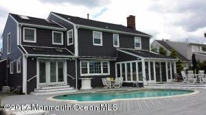 147 Squan Beach Drive, Mantoloking, NJ 08738