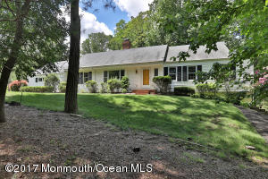 Property for sale at 12 Hillmont Terrace, Colts Neck,  NJ 07722