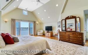 1705 Perch Hole Point Place