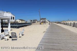2102 Oceanfront