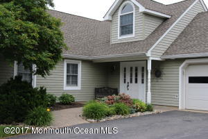 19 Harbour Way, Monmouth Beach, NJ 07750