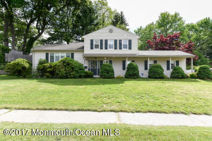 9 Elinor Street, Middletown, NJ 07748