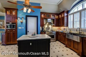 78 W FRONT STREET #E, RED BANK, NJ 07701  Photo 10