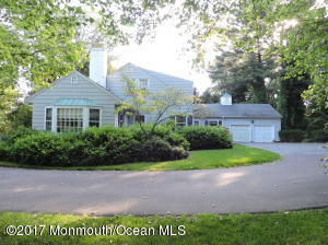 16 Sycamore Lane, Rumson, NJ 07760