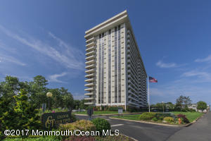 1 Channel Drive 307, Monmouth Beach, NJ 07750