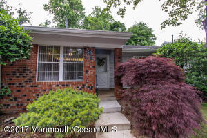 84 Privet Place 61, Red Bank, NJ 07701