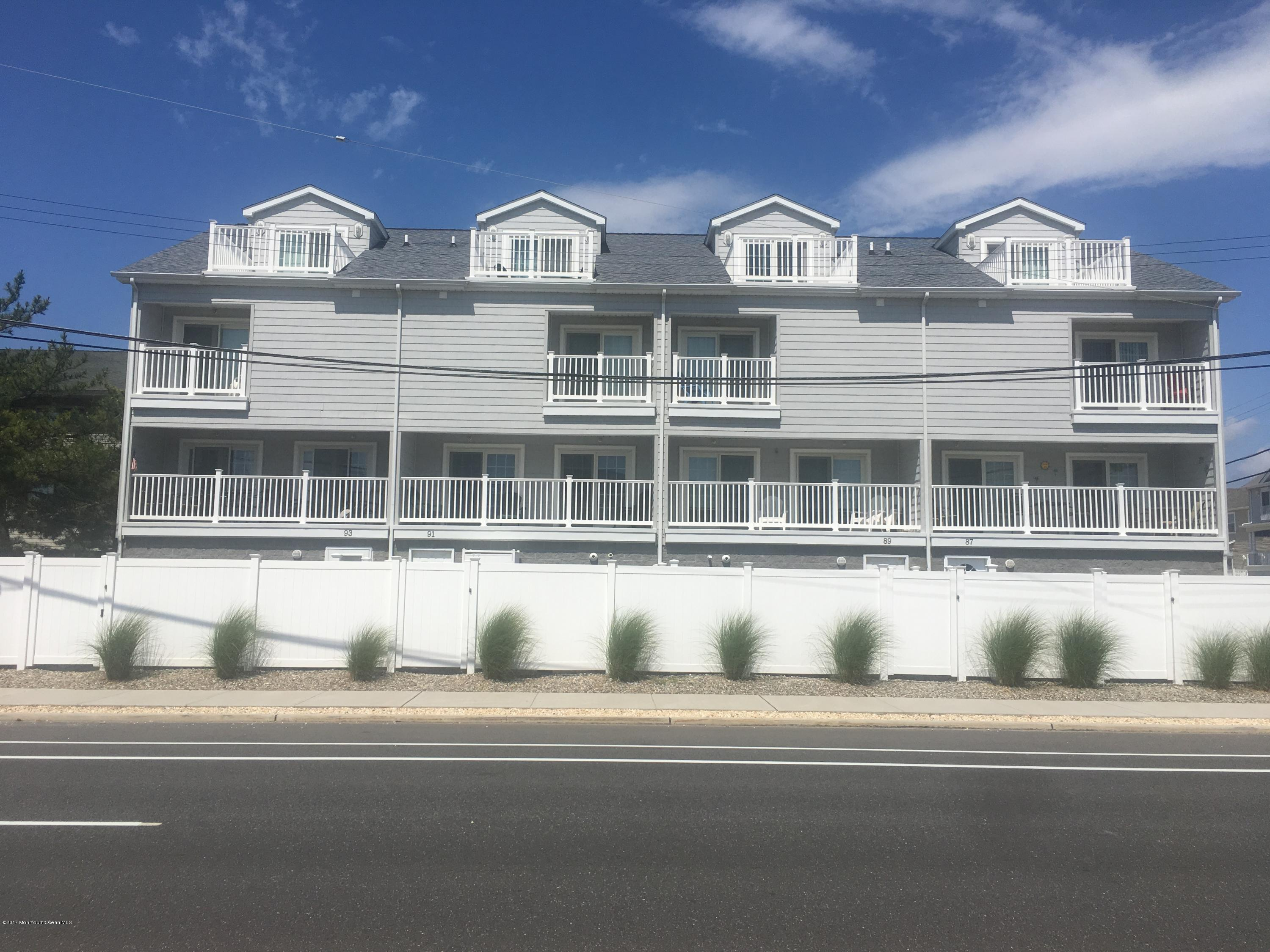Photo of home for sale at 93 21st Avenue Avenue, Seaside Park NJ