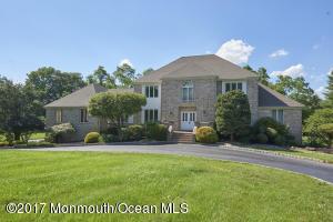 Property for sale at 5 Applegate Terrace, Manalapan,  NJ 07726