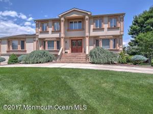 Property for sale at 40 Rockwell Circle, Marlboro,  NJ 07746