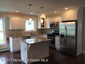 7 Speighstown Place, Toms River, NJ 08757