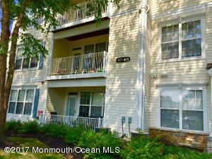 397 Saint Andrews Place, Manalapan, NJ 07726