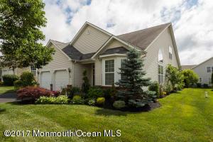 435 Monticello Lane, Lakewood, NJ 08701