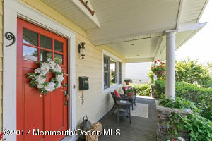9 Spaulding Place, Monmouth Beach, NJ 07750