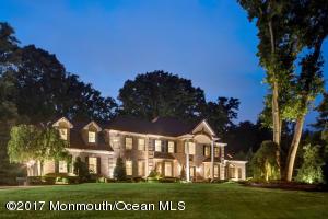 4 Boxwood Terrace, Holmdel, NJ 07733