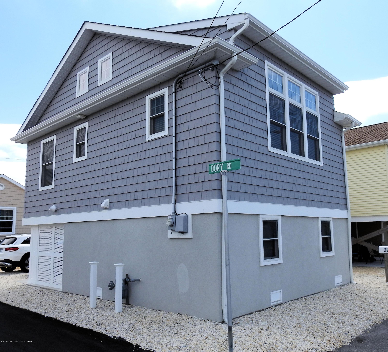 223  Harbor Drive - Picture 1