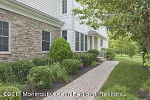 24 Hazelwood Terrace, Tinton Falls, NJ 07724