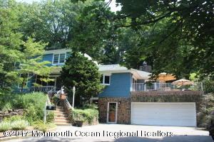 50 Twinlights Terrace, Highlands, NJ 07732