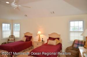 1524 Ocean Avenue