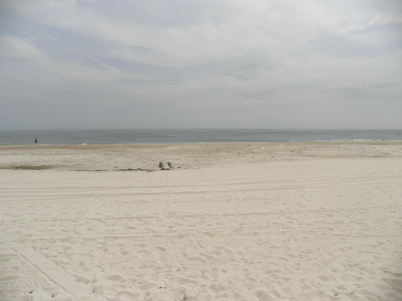 2104  Ocean Avenue - Picture 1
