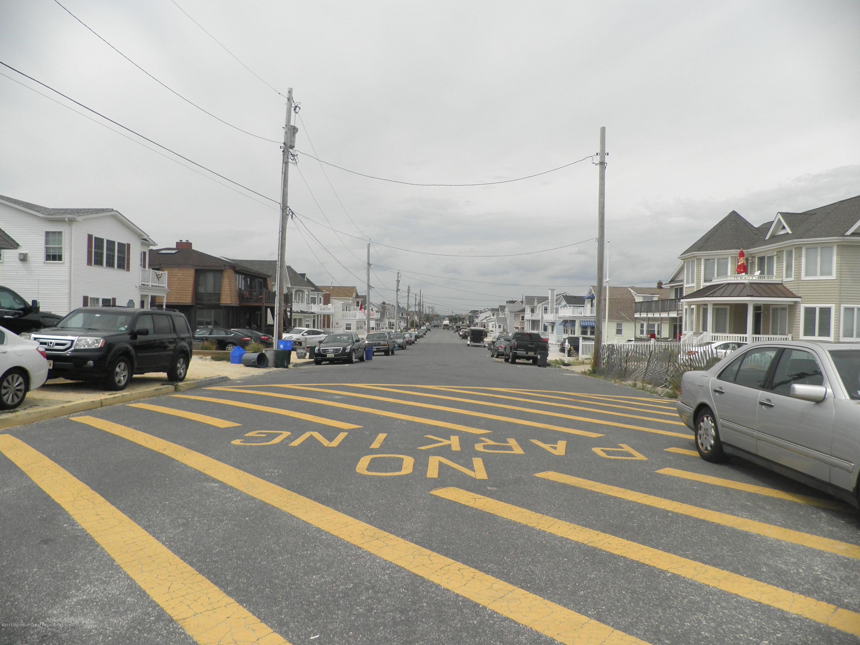 2104  Ocean Avenue - Picture 8