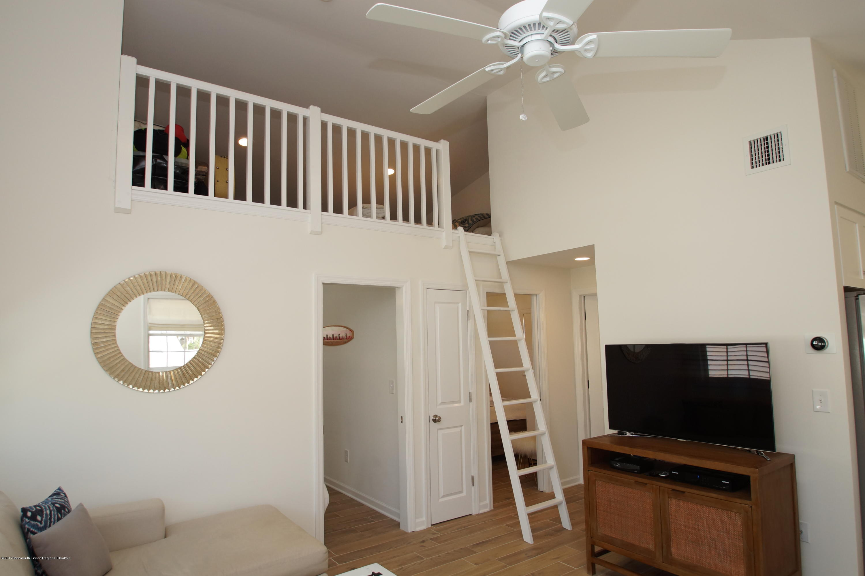 118 W Kingfisher Way - Picture 6
