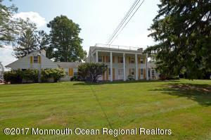Photo of home for sale at 296 County 537, Colts Neck NJ