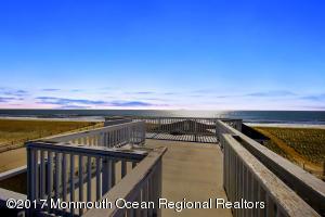 7211 Ocean Boulevard