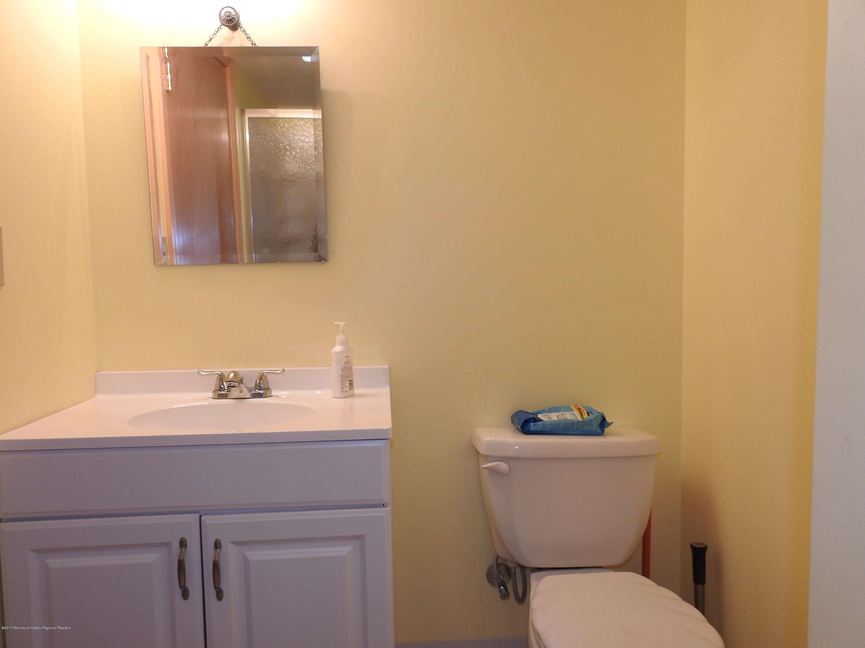 231  Gull Lane - Picture 10