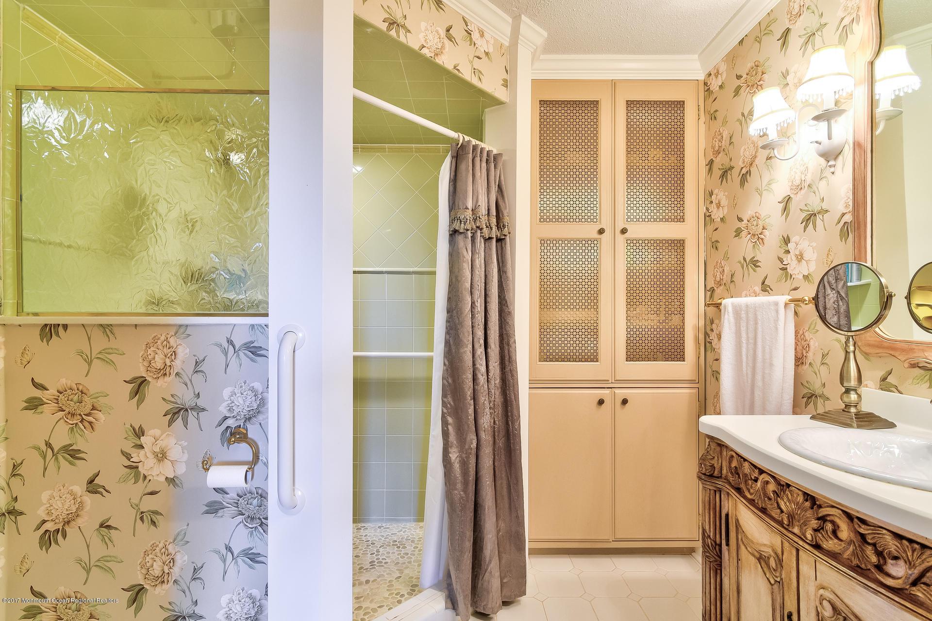 Beautifully remodeled master bath