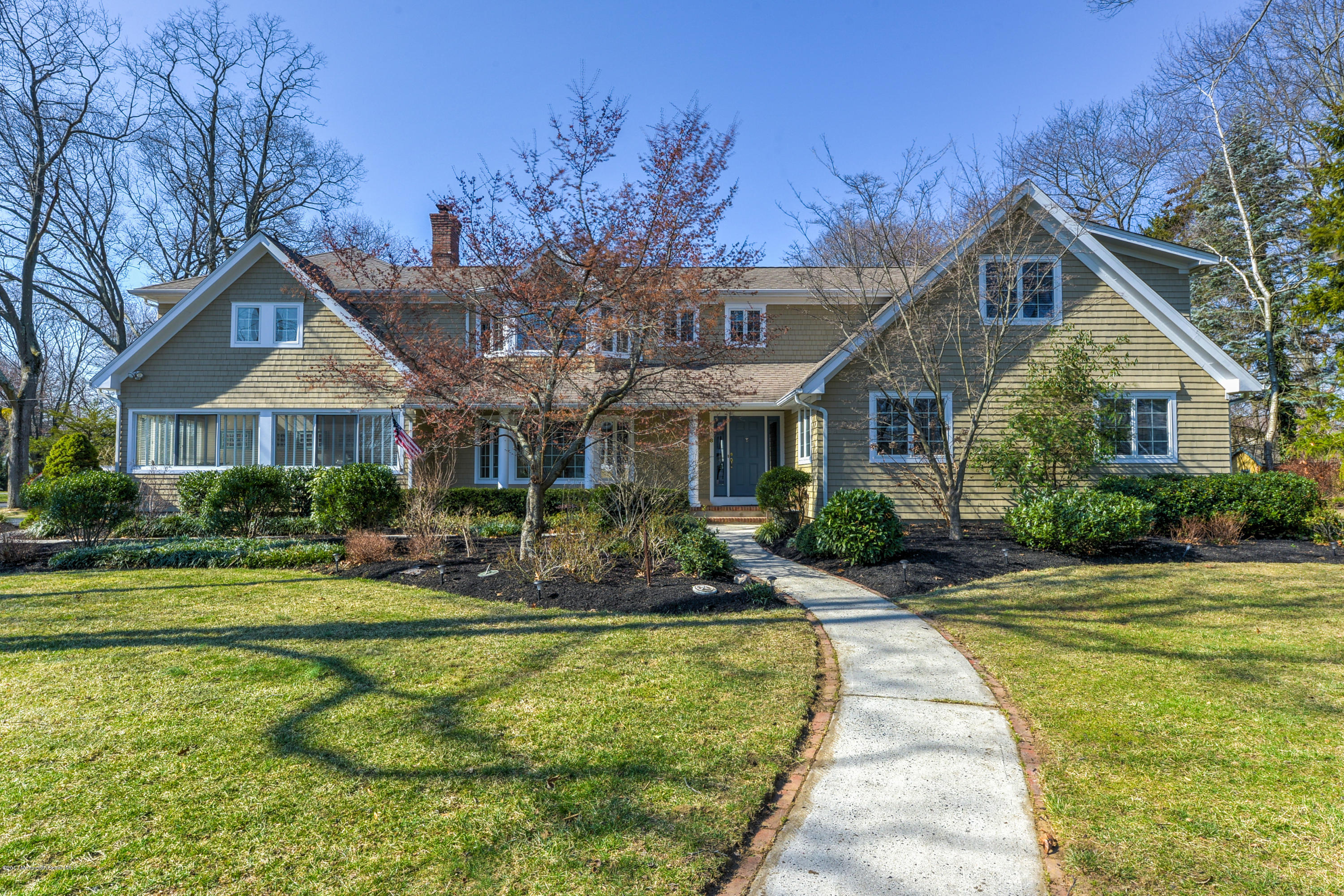 8 EVERGREEN DRIVE, RUMSON, NJ 07760