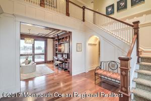 15 Carriage House Lane