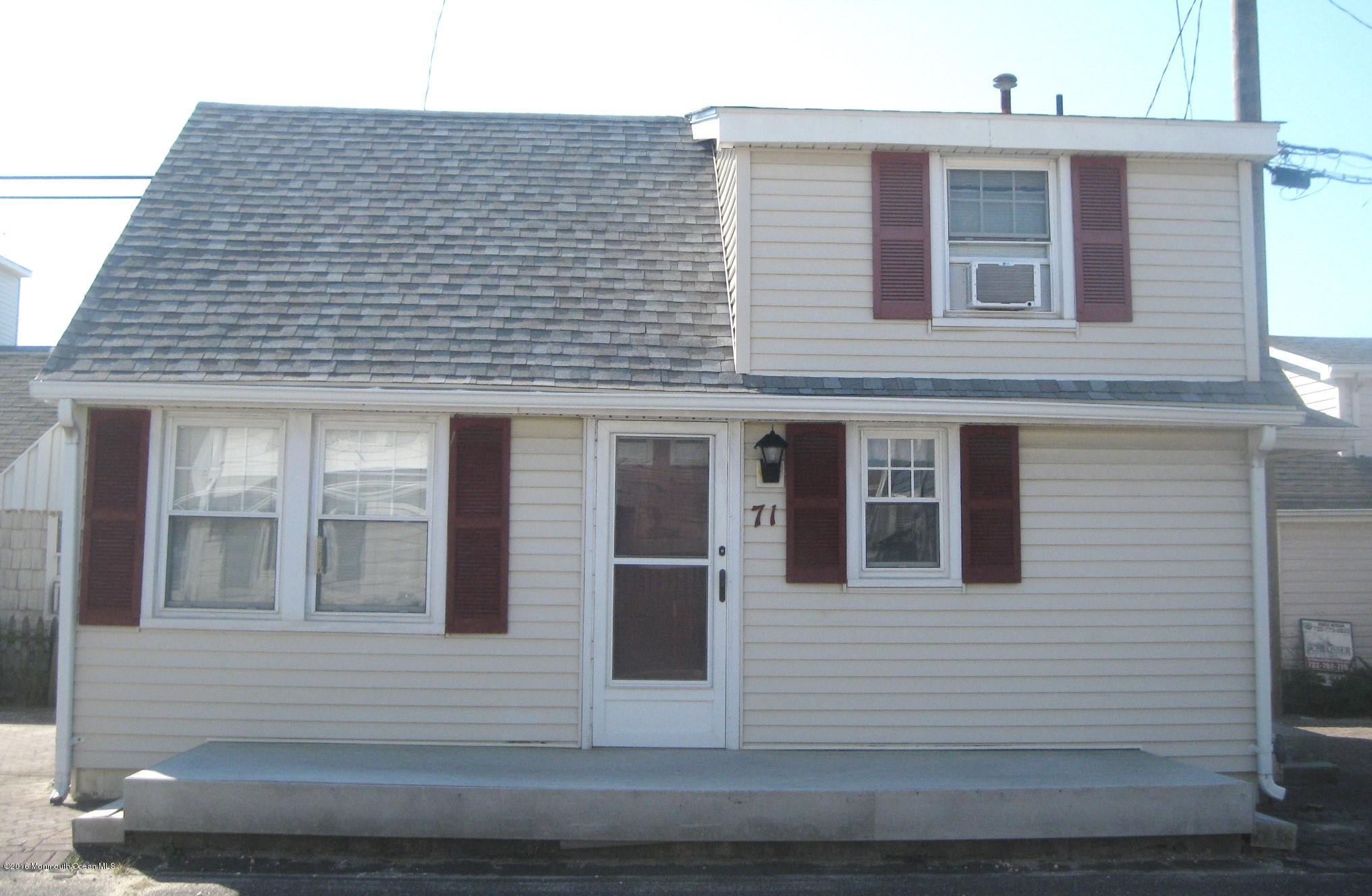 71  Barnegat Way - Picture 1