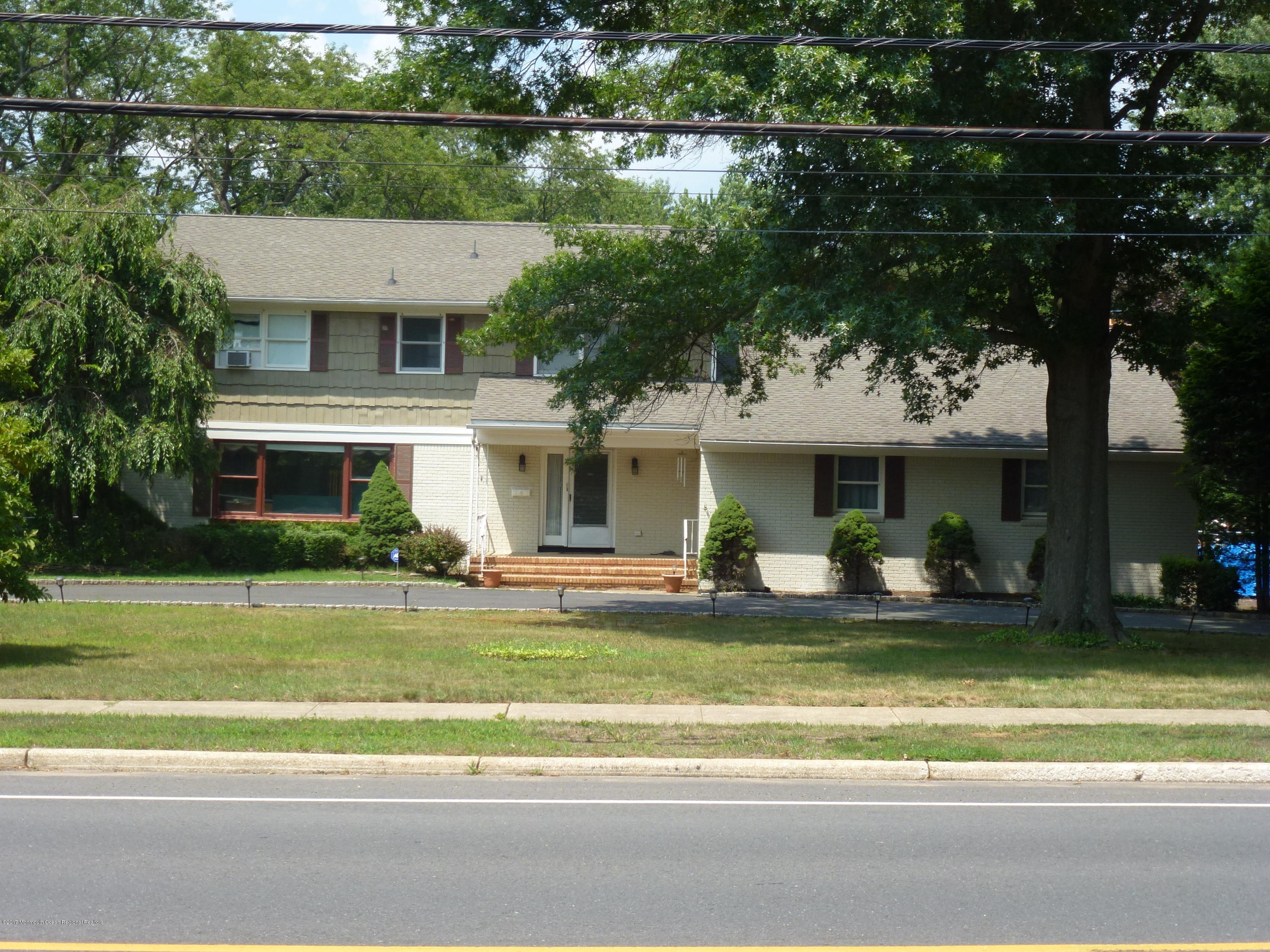 736 W FRONT STREET, RED BANK, NJ 07701