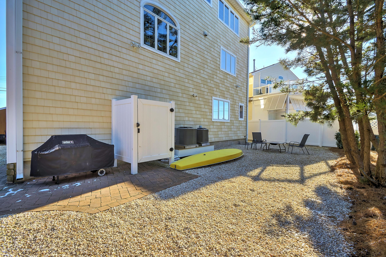 294  Monterey Circle - Picture 5