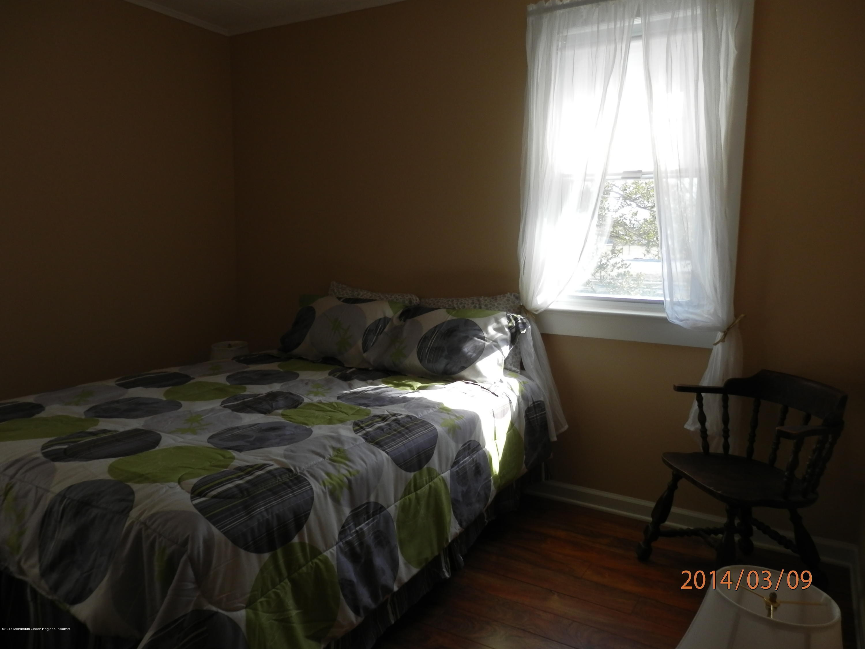 121  Jersey City Avenue - Picture 12