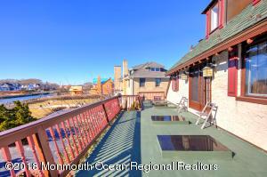 40 Inlet Terrace