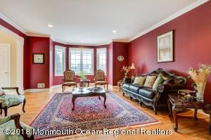 3 Beechwood Grove Court