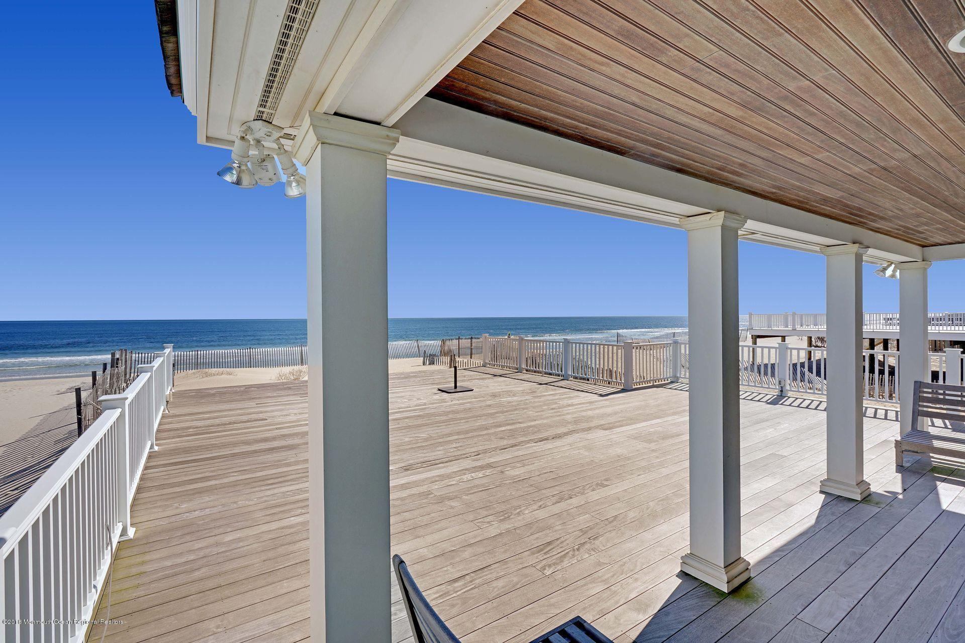3600  Ocean Terrace - Picture 2