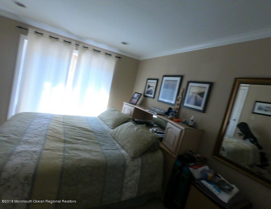 114  Trenton Avenue - Picture 11