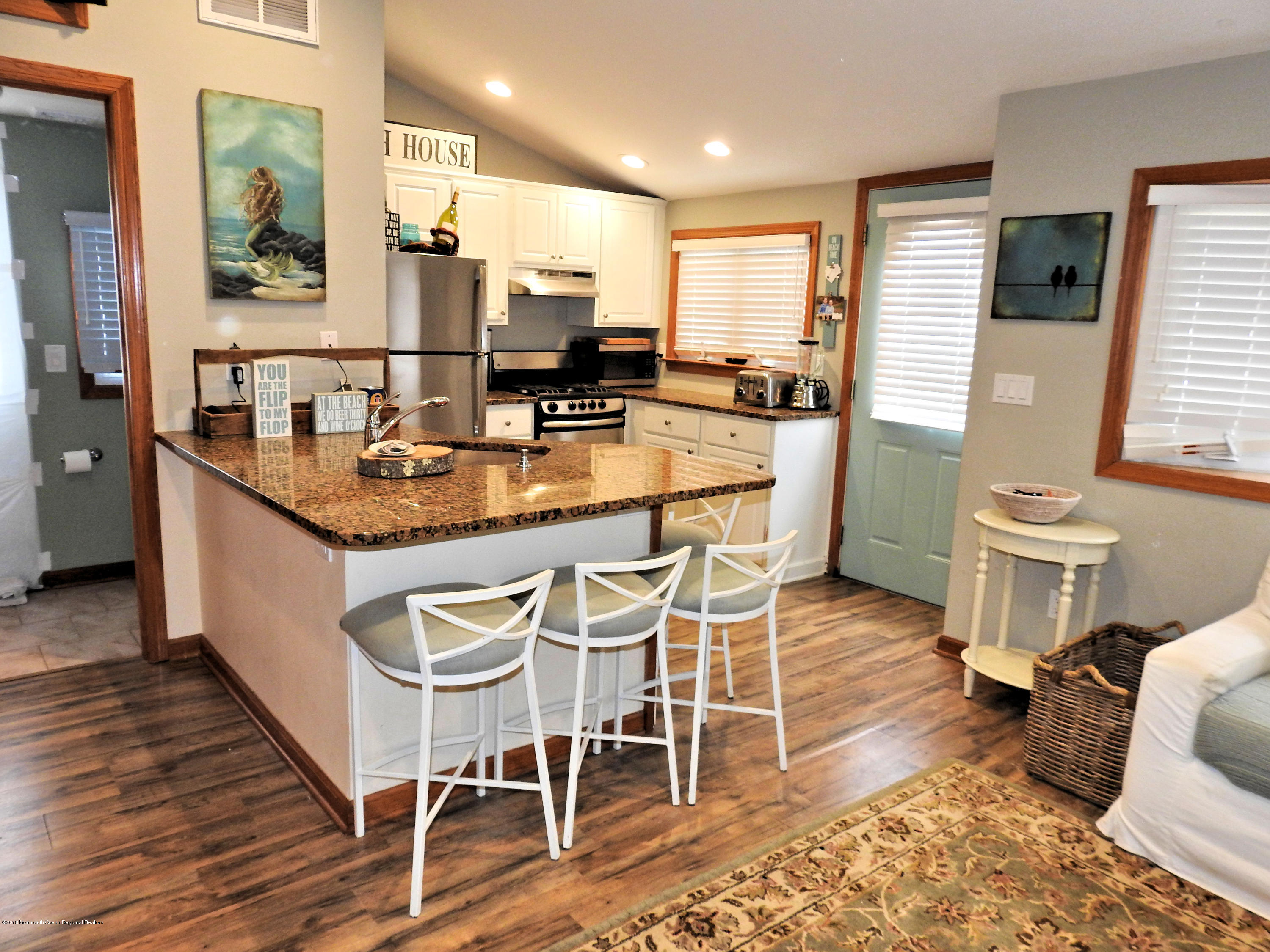 29 E Plover Way - Picture 4