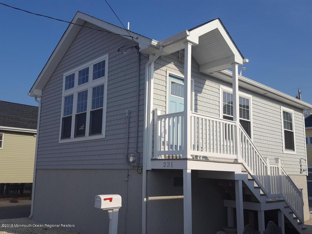 231  Harbor Drive - Picture 9