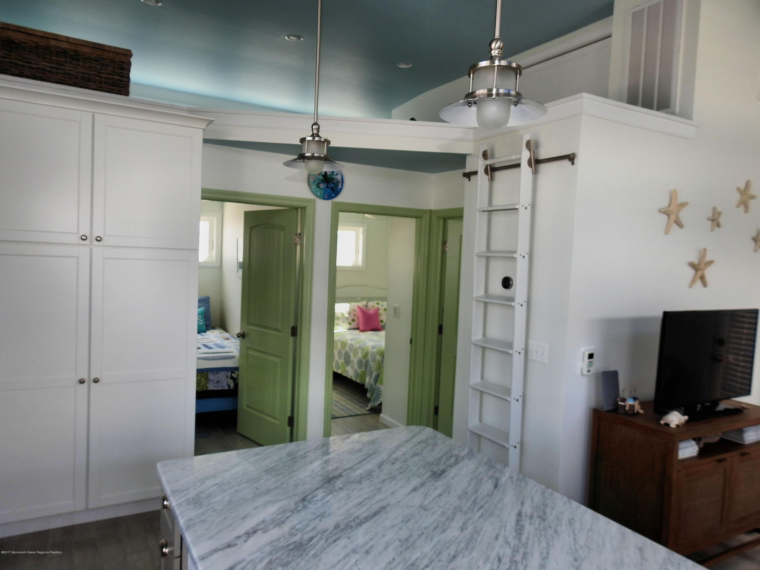 31 E Bayberry Way - Picture 5