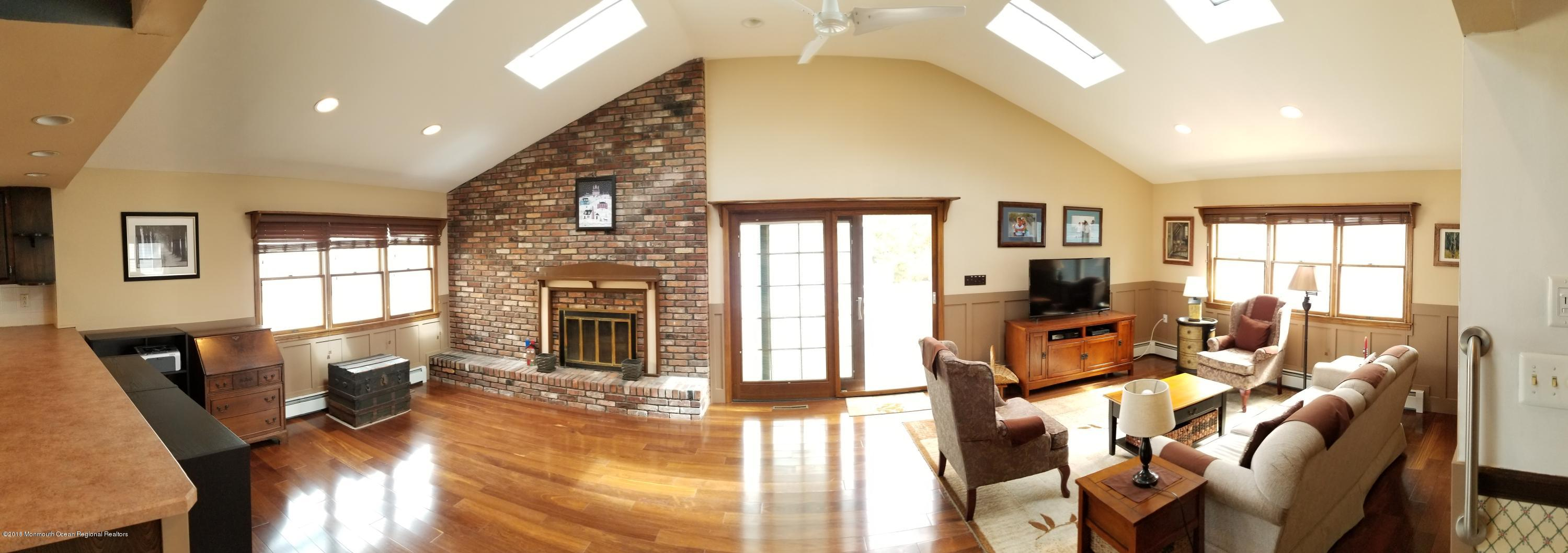 156  Pershing Boulevard - Picture 21