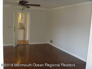 11 PAGE DRIVE, RED BANK, NJ 07701  Photo 7